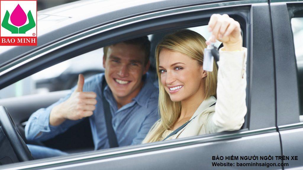 bảo hiểm người ngồi trên ô tô